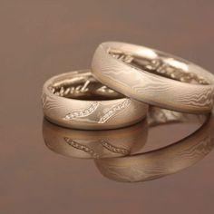 """Wiesner-Trauringe """"Mei Konbi"""" in Mokume Gane Technik.  #Trauringe #wedding #rings  #Eheringe #Mokume #Gane"""