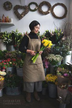 Environmental portrait of florist - Conrad Lee photography