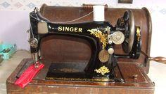 VINTAGE SINGER 28K HAND CRANK SEWING MACHINE V.G.C #Singer
