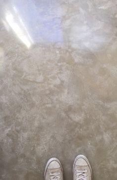 cream_finosh_for_polished_concrete_floor_page_ Basement Flooring, Basement Remodeling, Kitchen Flooring, Plywood Floors, Laminate Flooring, Farmhouse Flooring, Painting Concrete, Stained Concrete, Floor Design