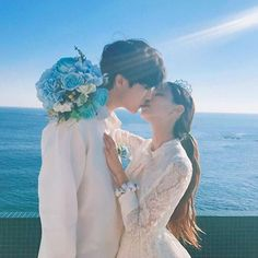 ღ Ulzzangxkpop ღ koreanisch Couple Ulzzang, Ulzzang Girl, Wedding Advice, Wedding Couples, Kiss And Romance, Korean Wedding, Kpop Couples, Wedding Kiss, Korean Couple