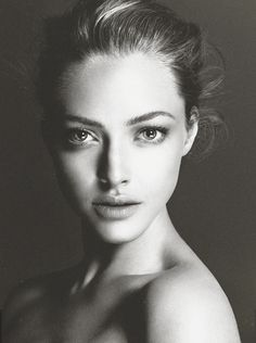 Amanda Seyfried on Inspirationde