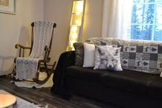 Villa Emmassa: Talvisempi sisustus olohuoneessa Furniture, Decor, Home Decor, Sofa