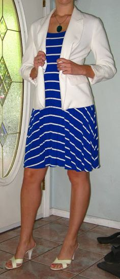 Awesome Blog full of great everyday outfit ideas! Blazer and Dress Combo for a Sunny Day #fashion #dress # blazer #blueandwhite