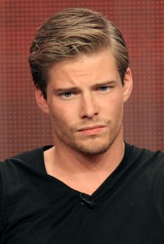 Hunter Parrish is an appropriate age for Lymond in most the series, with a close look.
