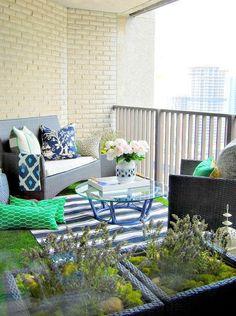 26 Tiny Furniture Ideas for Your Small Balcony | Tiny balcony ...