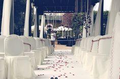 Tercer Open day Grupo REX- Decoración ceremonias Bodas. Miron Abión. Manteles y sillas 'La guinda de tu Fiesta'