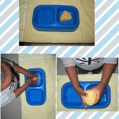 Transvasement d'eau avec éponge Motor Skills Activities, Montessori Activities, Petite Section, Diy For Kids, Homeschool, Classroom, Education, Schools, Simple
