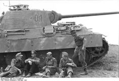 """Panzer V """"Panther"""" and crew.  Russia  May 1944"""