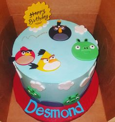 Angry birds cake ..... pastel de pajaros enojados ....angry birds cake color Blue,red,green yellow