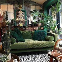 @hilaryandflo's living room is just so gorgeous it leaves me speechless. #livingroomgoals #livingroomideas #livingroomdesign Living Room Designs, Living Room Decor, Living Spaces, Bedroom Decor, Hippie Living Room, Interior Inspiration, Room Inspiration, Interior Ideas, Deco Retro