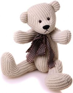 Image from http://www.willowtreebears.co.uk/media/catalog/product/cache/1/image/9df78eab33525d08d6e5fb8d27136e95/k/n/knotty_by_charlie-bears.jpg.