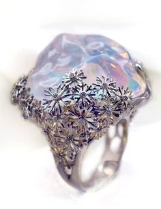 Opal Ring with Diamonds. Crystal Jewelry, Gemstone Jewelry, Jewelry Box, Jewelry Rings, Jewelry Accessories, Fine Jewelry, Unique Jewelry, Amber Jewelry, Jewellery