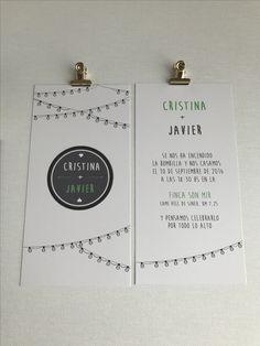 Invitación de boda colección tipográfica modelo Se nos encendió la bombilla.