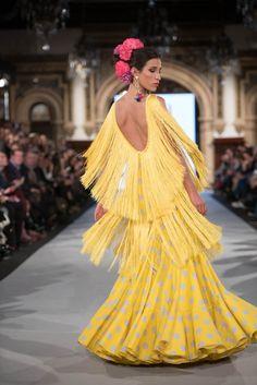 Mónica Mendez - We Love Flamenco 2019 - Sevilla Flamenco Costume, Flamenco Dresses, Fishtail, Feminine, Costumes, Womens Fashion, Skirts, Outfits, Inspiration