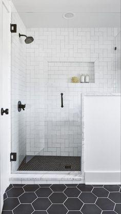 White Subway Tile Bathroom, Subway Tile Showers, White Tile Bathrooms, Black Bathroom Floor, White Tile Shower, Master Bathroom Shower, Diy Bathroom, Bathroom Ideas, Bathroom Interior