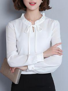 Korean Fashion Dress, Fashion Wear, Fashion Dresses, Beautiful Dress Designs, Stylish Work Outfits, Kurti Designs Party Wear, Matches Fashion, Stitching Dresses, Blouses For Women