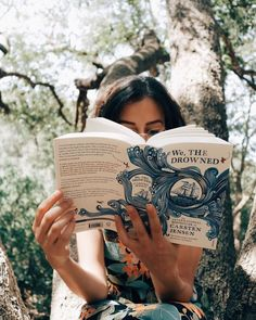 We, The Drowned by Carsten Jensen has been on my TBR for so long. The synopsis alone is intriguing and just look at that gorgeous cover! Good Books, Books To Read, My Books, Reading Books, Book Aesthetic, Aesthetic Outfit, Aesthetic Girl, Woman Reading, Foto Pose