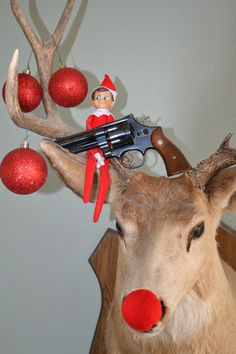 Naughty 'Elf on a Shelf': 30 Badly Behaved Santa Helpers | Heavy ...