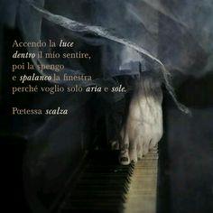 #poetry #poesia #aforisma #poetessascalza #giusynicosia #amore #love #apiedinudi