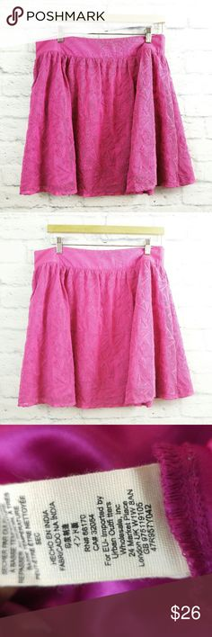Free People Skirt Sz Large Hot Pink Lace Geo Free People Skirt Large Hot Pink Lace Geometric Print. Great Pre-owned Condition.  Fabric is 70% Cotton, 30% nylon  Measurements are below, taken straight across with the garment laying flat  Length - 18.5 Waist - 16 Free People Skirts Mini