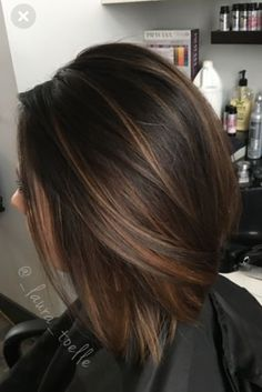 28 Incredible Examples Of Caramel Balayage On Short Dark Brown Hair - Hair Styles - Hair Style Ideas Highlights For Dark Brown Hair, Brown Hair Colors, Brunette With Caramel Highlights, Dark Brown Short Hair, Color Highlights, Brown Hair With Caramel Highlights Medium, Brown Highlighted Hair, Highlights Short Hair, Dark Brown Hair With Highlights And Lowlights