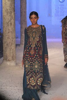 JJ Valaya  - BMW India Bridal Fashion Week 2015