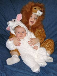 Lion and lamb sibling Halloween costumes