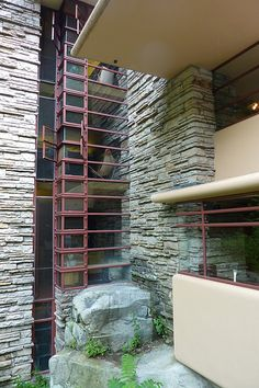 Fallingwater /Kaufman Residence. 1936-1939. Bear Run, Pennsylvania. Frank Lloyd Wright