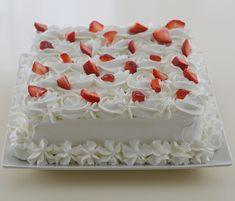 Tort diplomat Desserts, Food, Unicorn Birthday Cakes, Unicorn Birthday, Pineapple, Tailgate Desserts, Deserts, Essen, Dessert