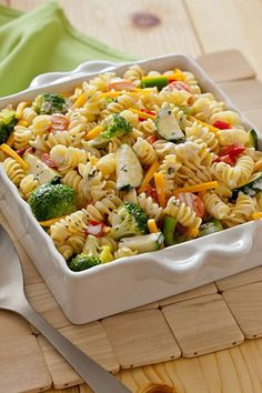 We love this easy, 3-step pasta salad! Throw in your favorite veggies to add crunchy goodness to a classic side dish. Perfect for backyard barbecues, summery picnics, or comfy family dinners.