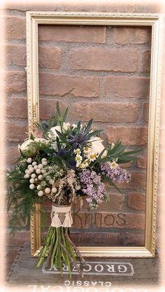 bouquet bridal νυφικο μπουκετο Baptism Ideas, Grapevine Wreath, Grape Vines, Rustic Decor, Bouquets, Floral Wreath, Romantic, Wreaths, Decoration
