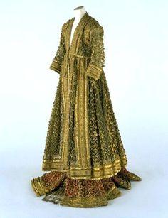 Woman's Court Dress (1245 - 1255s H Costume; Islaam; United Kingdom of Britain & Ireland, East India Company, Guurkaaniyaan) #MughalSultanate