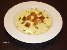 Crema de calabacín y patata para #Mycook http://www.mycook.es/receta/crema-de-calabacin-y-patata-2/