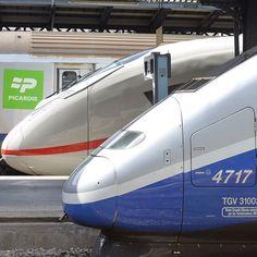 deutschebahn shared on Instagram: Schnelle Nachbarn: Ein ICE 3 der DB und ein SNCF TGV in #Paris. Im Juli wurde der neue ICE 3 der Baureihe 407 offiziell im deutsch-französischen...