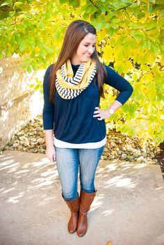 perfect scarf for fall - navy and mustard yellow!
