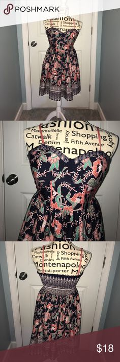 Fun Flirty Dress Navy, Coral, Turquoise Summer Dress, super comfy, great condition, pads secure in breast area - so no need for a bra! Dresses Mini