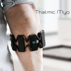 Gesture control armband by #ThalmicLabs #NotSteeveJobs #instatech #picoftheday #hand #smartparts #technology #smart_parts #gadget