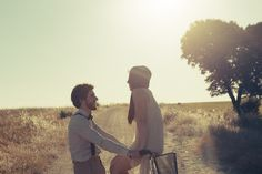 CURITIBA CYCLE CHIC: Sessão de noivado com inspiração boho-vintage.