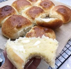 10 lette opskrifter paa verrines pigens tip side 4 Pandesal, Sandwiches, Danish Food, Home Bakery, Savoury Baking, Dough Recipe, Dessert Recipes, Desserts, Yummy Cakes