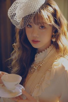 Photo album containing 7 pictures of (G)I-DLE Btob, Kpop Girl Groups, Kpop Girls, K Pop, Hair Streaks, Soo Jin, Camille, Soyeon, Minnie
