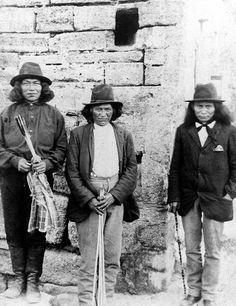 Apache prisoners from southwest at Fort Marion (Castillo de San Marcos), St. Augustine, Florida. 1887