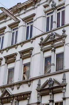 Drei Monarchen blicken über die Dächer Mülheims. (Foto: Britta Schmitz)