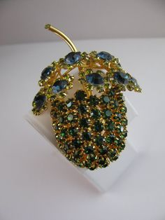 Vintage Rhinestone Brooch in Emerald Peridot by ToadSuckTreasures, $46.00