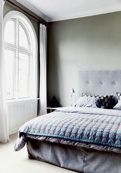 Afbeeldingsresultaat voor artemide tolomeo parete sleeping room