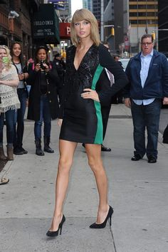 Taylor Swift [x-post /r/sexyhair] Rip Taylor, Taylor Swift Legs, Taylor Swift Pictures, Taylor Alison Swift, Hot High Heels, News Website, Beautiful Celebrities, Beautiful Ladies, Beautiful Actresses