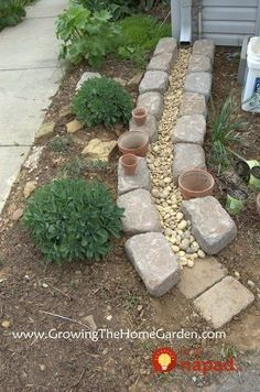 Making A Dry Creek Bed Drainage Canal for Downspouts instead of those plastic trays.}}} Making A Dry Creek Bed Drainage Canal for Downspouts instead of those plastic trays. Outdoor Projects, Garden Projects, Outdoor Ideas, Backyard Projects, Backyard Ideas, Patio Ideas, Balcony Ideas, Outdoor Stuff, Outdoor Spaces