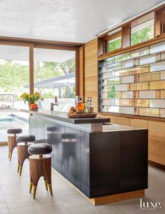 White Traditional Kitchen with Breakfast Bar | LuxeSource | Luxe Magazine - The Luxury Home Redefined | Furniture | Pinterest | The Luxury, Vaughn Miller ...
