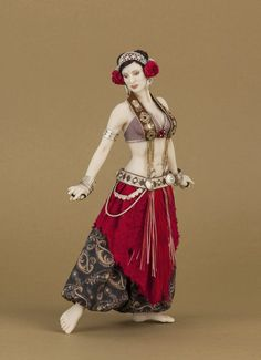 Tribal fusion belly dancer inspired by the American dancer Rachel Brice. Porcelain Ceramics, China Porcelain, Rachel Brice, Tribal Costume, Ceramic Animals, Ballet Costumes, Barbie Collection, Belly Dancers, Barbie Friends