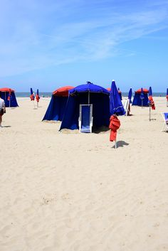 STYLE PLAZA | By Anna Sofia Beach Mat, Outdoor Blanket, Anna, Travel, Style, Voyage, Viajes, Traveling, Trips